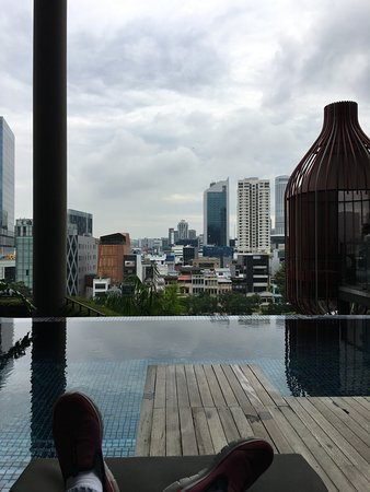 Parkroyal on pickering 180 2 9 6 updated 2018 prices hotel reviews singapore for Park royal pickering swimming pool