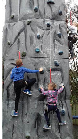 Wisborough Green, UK: 4 different climbing walls included in the price!