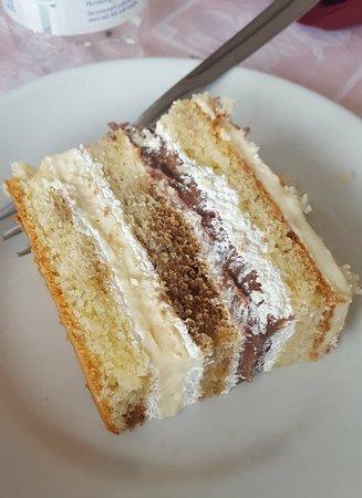 Tri Kartuce: Torta Farcita Fatta in Casa