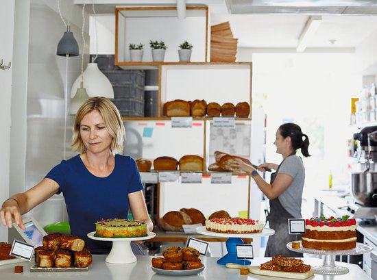 Modern Baker: Fresh, organic healthier treats available on the counter daily including GF, DF & Ve options.