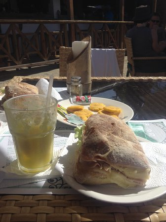 Mojito Bar: Lo Zozzo Sandwich & Pineapple Juice, We ate most of the fried Plantains!