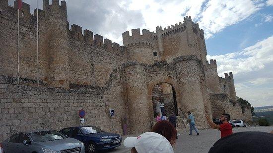 Castillo de Peñafiel: 20170627_183222_large.jpg