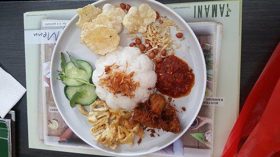 Tamani Kafe: Paket nasi rames