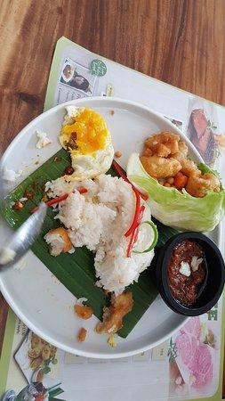 Tamani Kafe: Paket nasi ikan dori