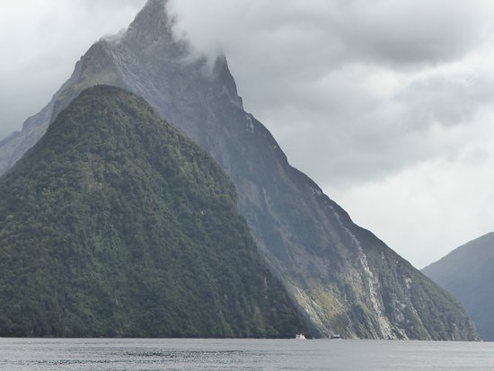 Thornleigh, Australia: Fjords of Milford Sound