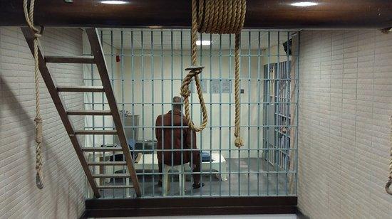 明白香港的懲教罪犯的
