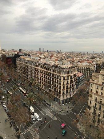 NH Hesperia Barcelona Presidente: Avinguda Diagonal below