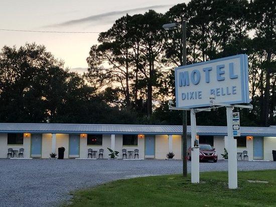 Dixie Belle Motel: 20170912_185115_large.jpg