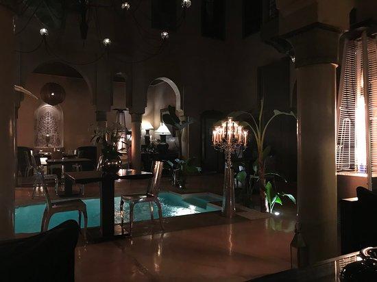 Riad Noir d'Ivoire: Merveilleux patio