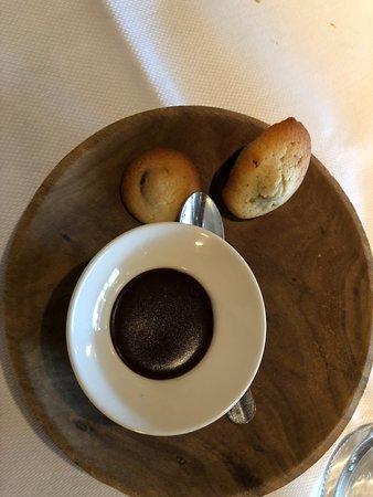 Hotton, Belgium: avec le café !