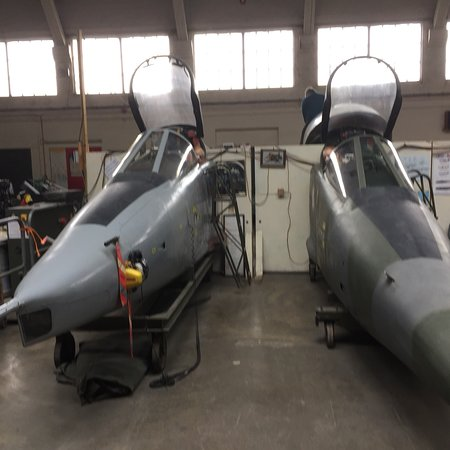 Boscombe Down Aviation Collection: photo1.jpg