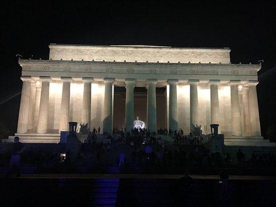 Private DC Tours: Lincoln Memorial