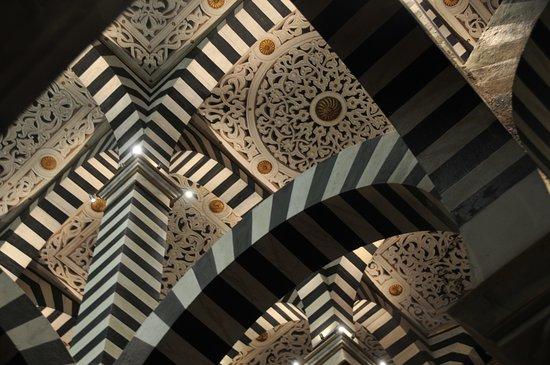 Grizzana Morandi, Italië: Soffitto in tela della cappella