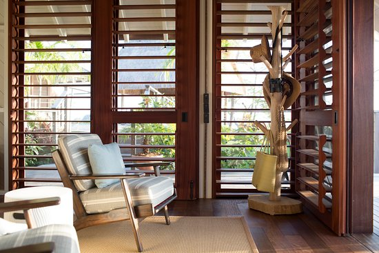 Islas Secas, Panama: Casitas feature louvered slats and sliding panels that invite cool breezes in.