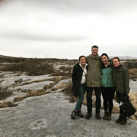 Heart of Burren Walks: Group photo at the end of the loop!