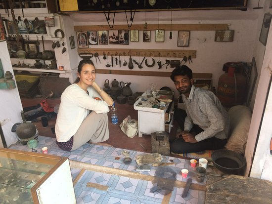 Geet Art & Jewellery: Chatting away with Geet