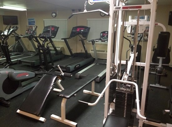 Comfort Inn University Center: P80206-070145_large.jpg