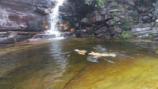 Janela Lookout: Mergulho na cachoeira durante a trilha