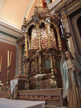 Villa Tulumba, Argentina: Altar e imagen de la Virgen