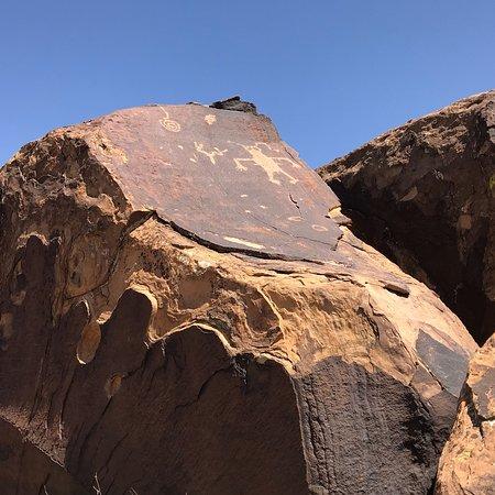 Ivins, UT: Anasazi Ridge Petroglyphs