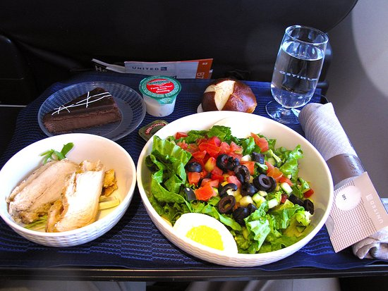 UA373 B737-900 FC - Inflight Meal - Picture of United