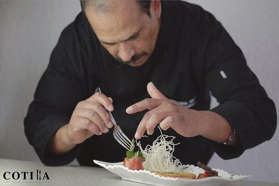 Cotilla: El Chef Ricardo Meza.