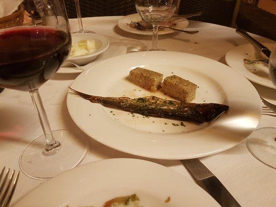 Faggeto Lario, Italia: Selección pescados lago... y ese pan... buenisimo