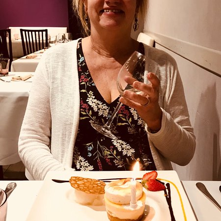 Saint-Germain-du-Crioult, Frankreich: Birthday celebration dinner