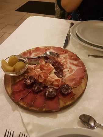 Pollein, Italy: 20180417_204749_large.jpg