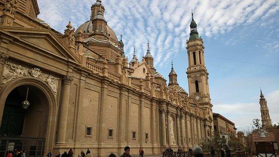 Basílica de Nuestra Señora del Pilar: Basílica del Pilar