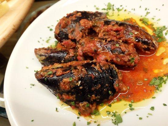 Ricco del Golfo di Spezia, อิตาลี: The tipical plate: stuffed mussel- La tradizione : muscoli ripieni