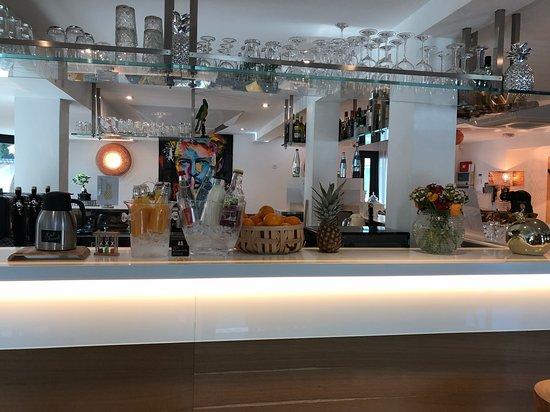 Apparthotel la Girafe: Boissons + jus d'orange frais pressé minute