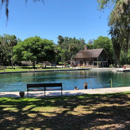 catholic singles in de leon springs Find the perfect bar or pub in de leon springs, florida bars and grills, irish pubs, clubs, and more.