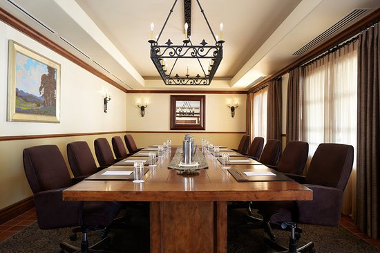 Ojai, CA: Meeting room