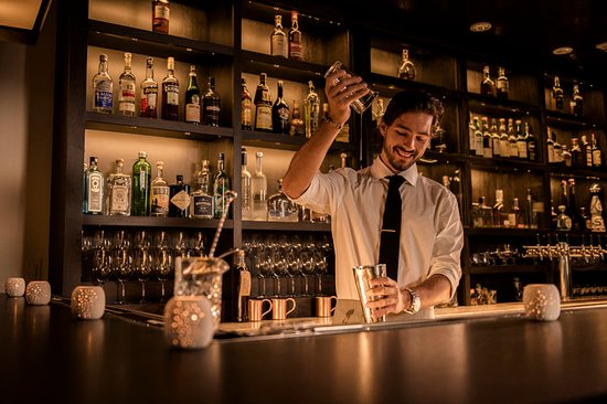 Ojai, CA: Bar/Lounge