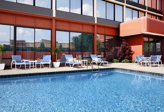 Four Points by Sheraton Memphis East: Pool