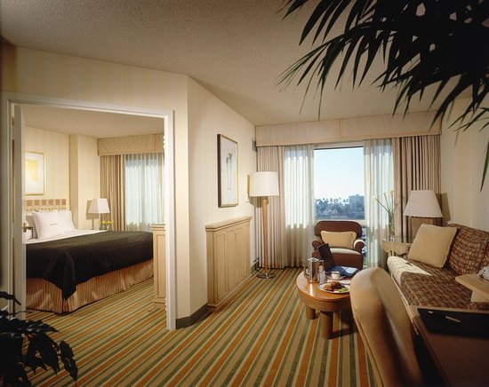 DoubleTree Suites by Hilton Santa Monica - UPDATED 2018 Prices & Hotel Reviews (CA) - TripAdvisor