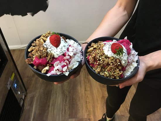 Atherton, Australië: Popular Power Bowls made with House made Granola