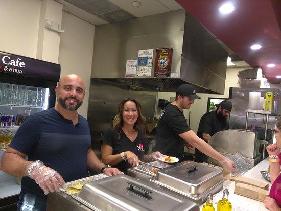 South Pasadena, Californië: X2O staff