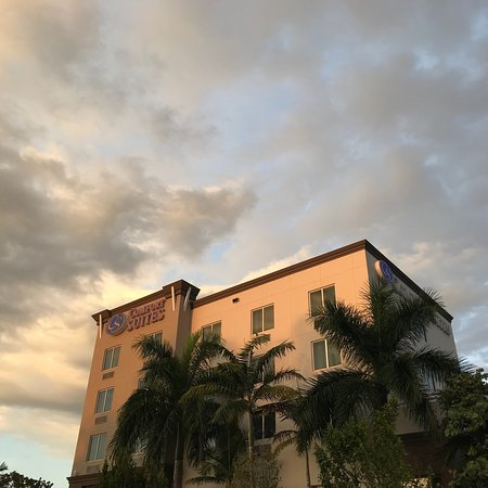 Comfort Suites Miami Airport North: photo0.jpg