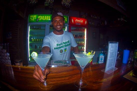 Kavieng, بابوا غينيا الجديدة: Tasty drinks and friendly faces