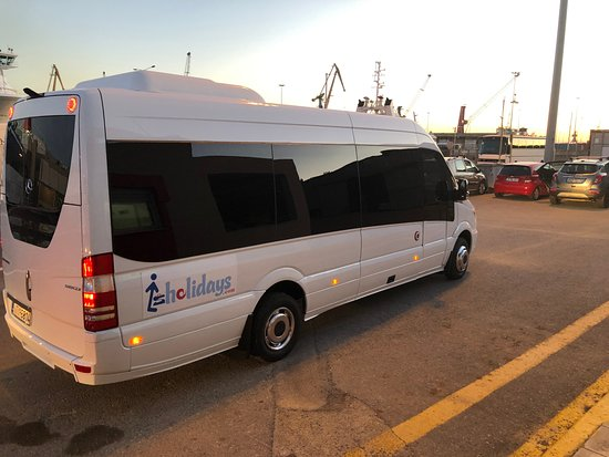 Ηράκλειο, Ελλάδα: Lsholidays Minibus