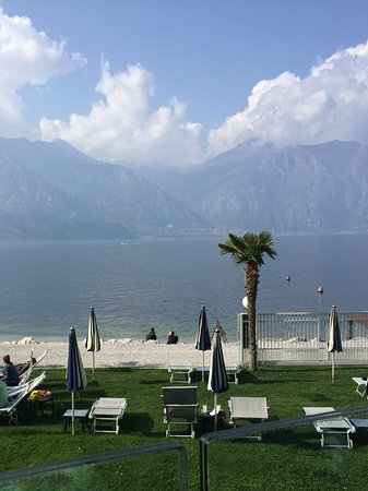 Hotel Castello Lake Front: View from room
