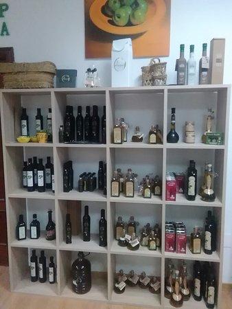 Oleoteca Jaen: En la Oleoteca Jaén puedes encontrar los mejores aceites de Jaén y provincia.