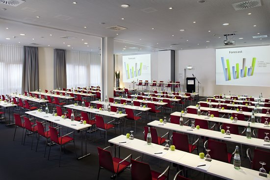 Munsbach, Luxembourg : conference room