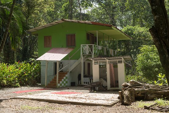 Playa Chiquita, Costa Rica: Is that an 70 USD hotel?