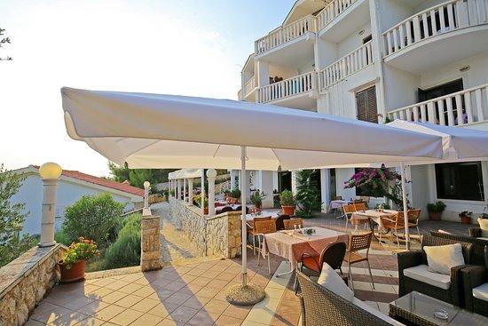 Posedarje, كرواتيا: Sunset Hotel Lucija restaurant