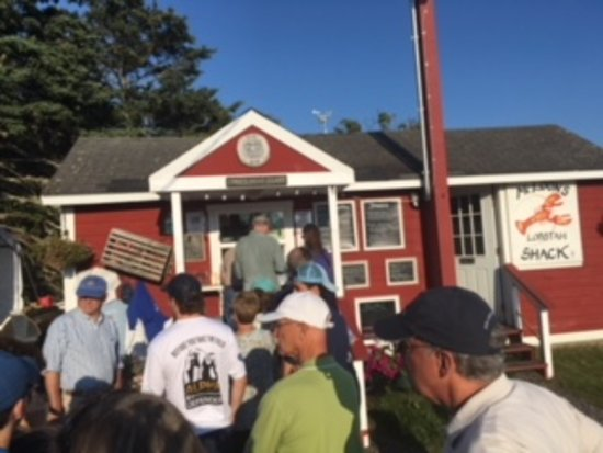 South Thomaston, ME: the line when i arrived not too bad