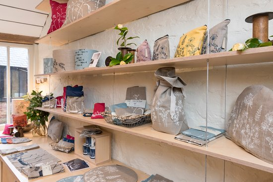 Cremyll, UK: Hand printed linen bread bags, tea towels and other kitchenware