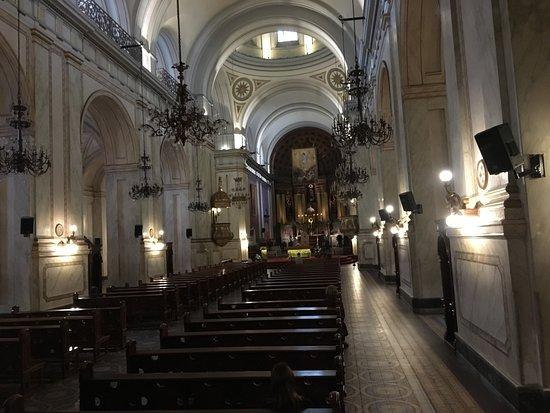 Matriz Katedrali: interior da catedral